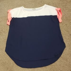 Lily White top